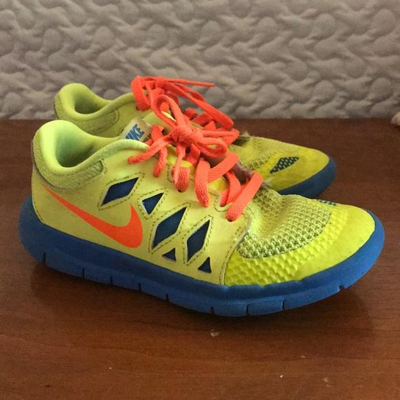 Boys Nike Free Neon Shoes